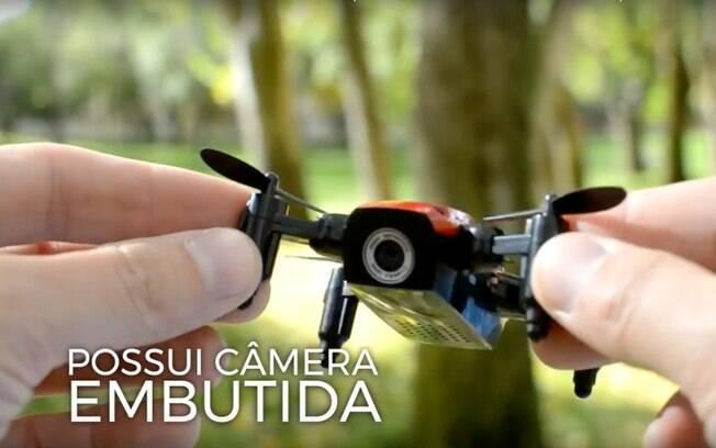 Os drones pequenos possuem as mesmas funcionalidades que os modelos antigos, com a vantagem de caberem na palma da sua mão