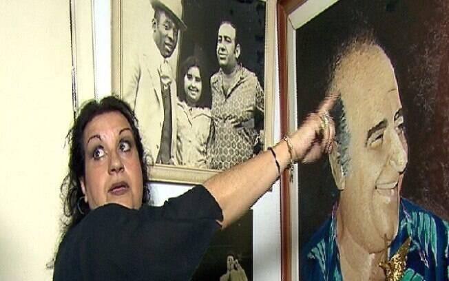 Filha de Bolinha guarda fotos do pai