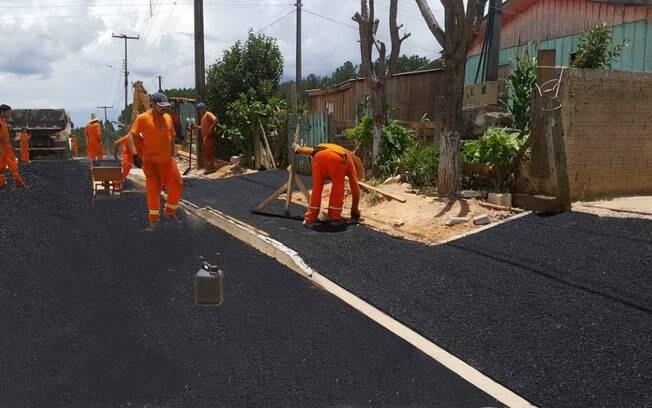 Prefeitura de Mandirituba divulga fotos de asfalto e vira meme entre os internautas