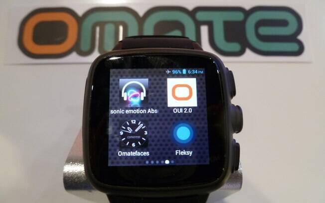 Omate TrueSmart não precisa de celular para receber e fazer ligações