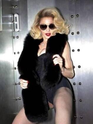 Madonna para sua linha de óculos da Dolce & Gabanna