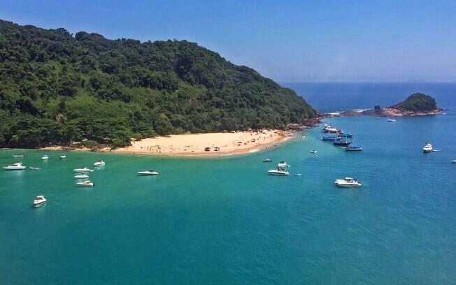 Ilha do Prumirim tem águas calmas e rasas