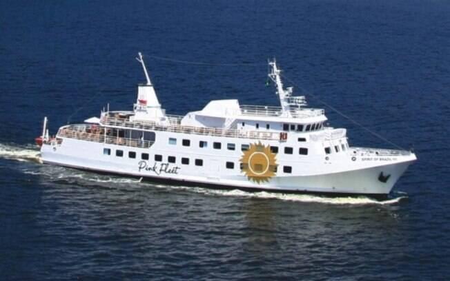 O superiate de Eike, o Pink Fleet, tinha capacidade para 400 passageiros e acabou virando sucata: não encontrou interessados. Foto: Divulgação