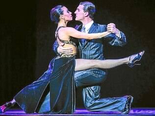 Guido Palácios e Florencia Castilla - atuais campeões mundiais de tango – prometem apresentar o tradicional e sedutor estilo da dança