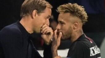 Ex-técnico do PSG revela difícil relação com Neymar: