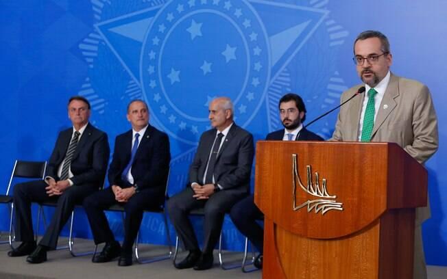 Ministro da Educação, Abraham Weintraub discursa durante a cerimônia de ampliação do programa Educação Conectada