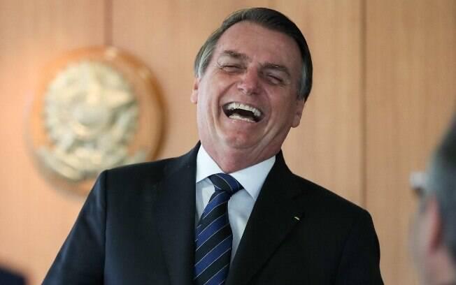Bolsonaro comemorou a aprovação da Medida Provisória que faz 'pente-fino' no INSS
