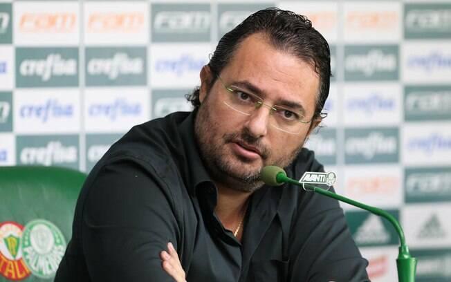 Alexandre Mattos%2C dirigente do Palmeiras