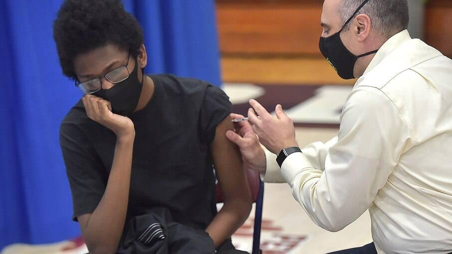 Vacinação em adolescentes