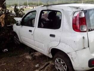 Francisco teria dormido ao volante e perdido o controle do veículo e capotou.