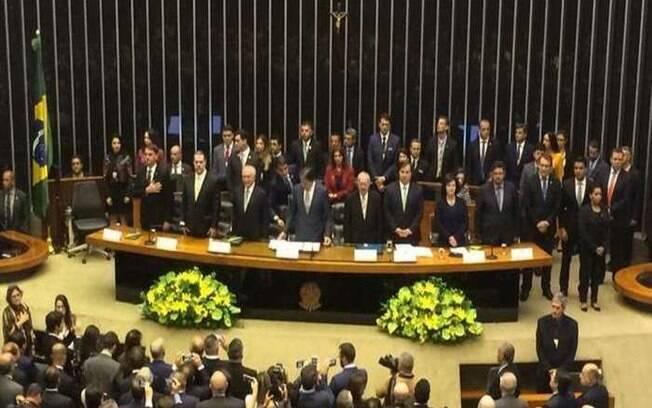 Declaração do presidente eleito Jair Bolsonaro sobre a Constituição durou menos de dois minutos, nesta terça