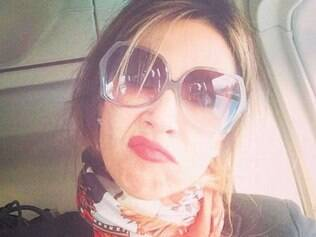 "Luciana Gimenez postou frase infeliz: ""Vai ter ônibus hoje?"""