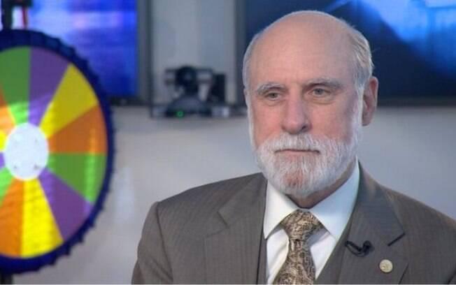 Cerf foi um dos responsáveis por definir como pacotes de dados se moveriam pela rede de computadores
