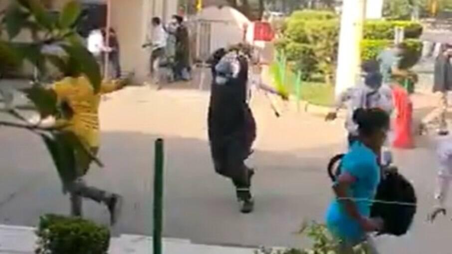 Parentes da vítima atacaram funcionários do centro de Saúde