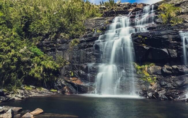 A cidade de Aiuruoca está cheia de cachoeiras: são 85 no total para você aproveitar a Serra da Mantiqueira