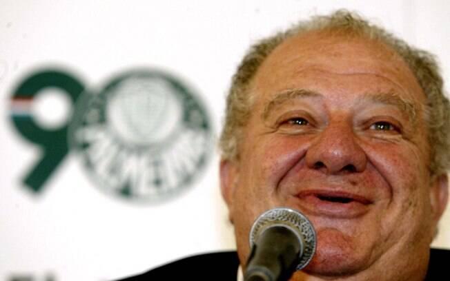 O escritório do ex-presidente do Palmeiras Mustafá Contursi foi alvo de operação de busca e apreensão.
