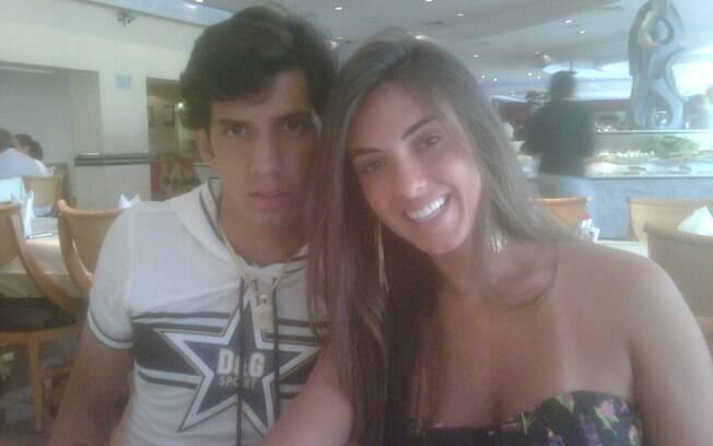 Nicole Bahls eVictor Ramos estão juntos há uma semana: