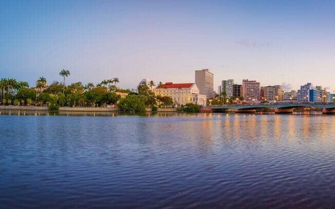 Para evitar os preços da alta temporada, a dica é visitar Recife entre setembro e novembro