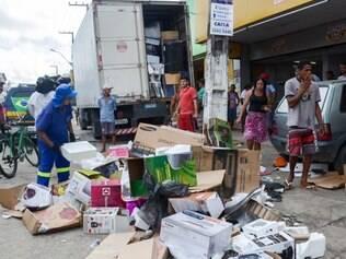 A cidade de Recife (PE) viveu momentos de tensão nesta quinta-feira (15) durante a greve dos militares