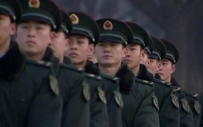 China diz que menos de 5 mil pessoas em seu território morreram devido à covid-19, mas especialistas acreditam que esse número pode ser maior