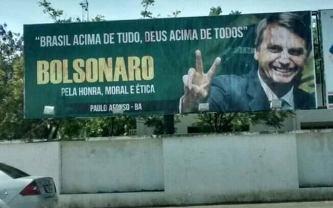 Alvo de ação da coligação de Haddad, outdoor em apoio a Bolsonaro também foi colocado em município baiano