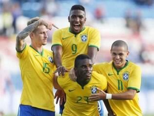 Com vitória sobre paraguaios, Brasil chegou aos quatro pontos