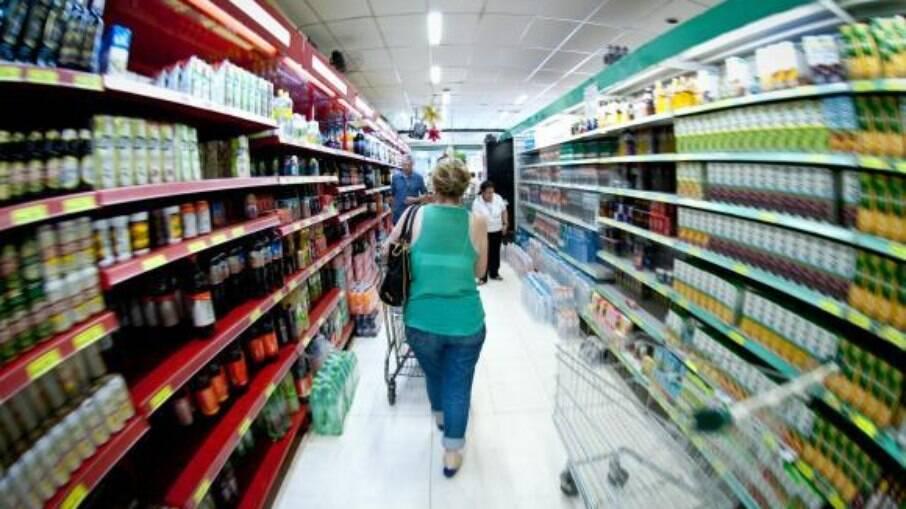 Brasil tem a terceira pior inflação dos países do G20, aponta OCDE