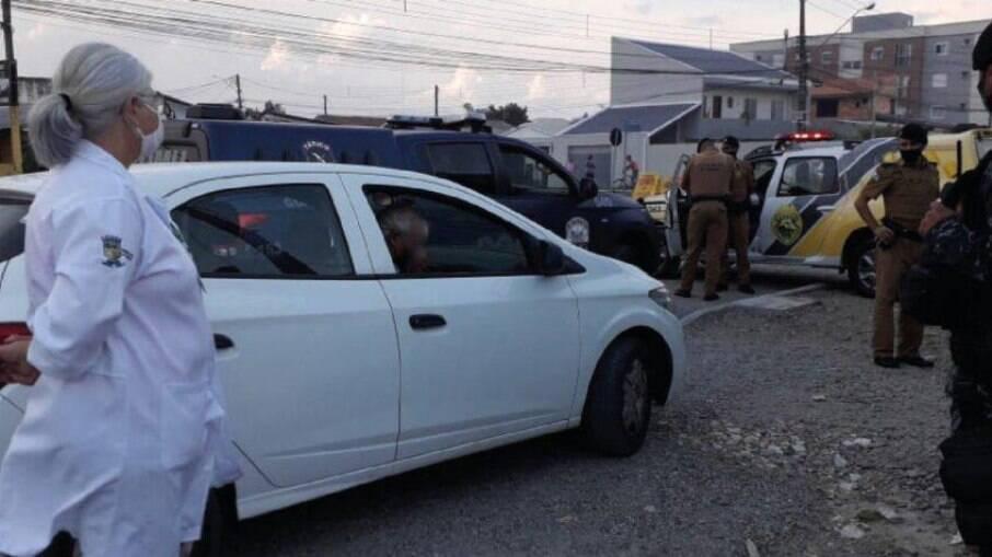 Motorista de aplicativo infectado com covid-19 circulava pela cidade pegando passageiros no Paraná