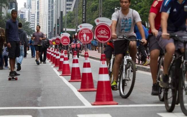 Avenida Paulista costuma ficar fechada para a circulação de veículos aos domingos