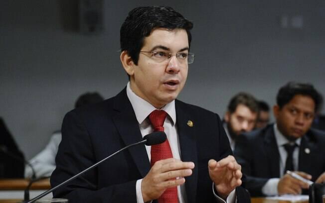 Senador acredita que CPI poderá analisar e descobrir irregularidades nas transações dos correntistas brasileiros que abriram conta na filial do HSBC em Genebra