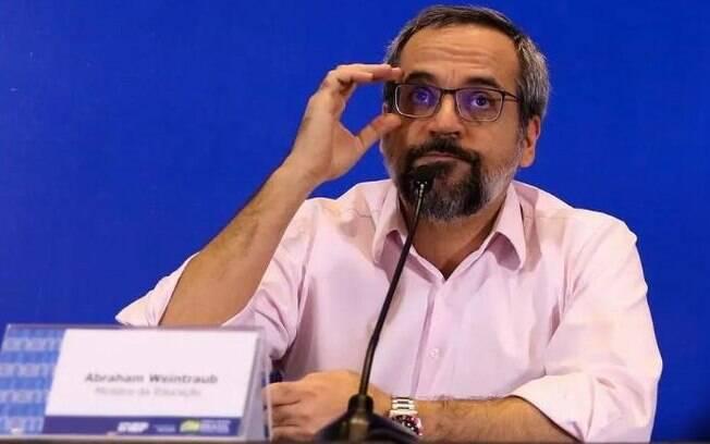 Weintraub sugeriu mandar prender ministros do STF.