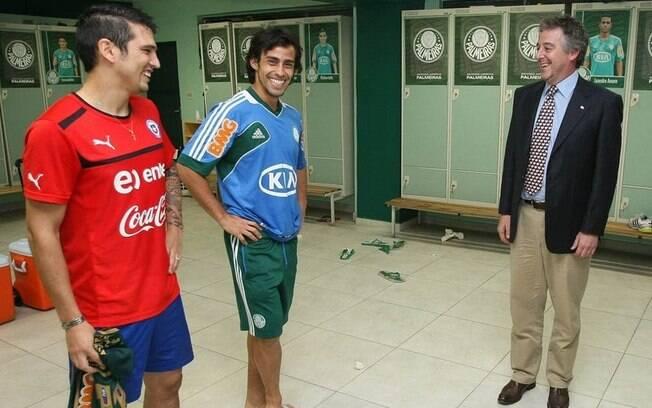 Mark González, Valdivia e Paulo Nobre,  presidente do Palmeiras