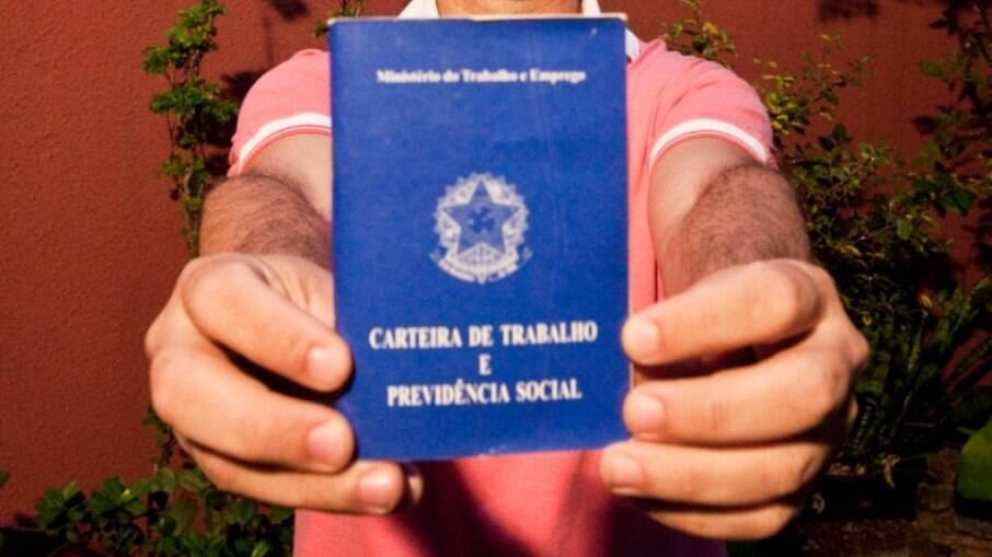 13º salário é garantido pela constituição