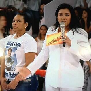 Regina Casé chora no 'Esquenta' com mãe de DG