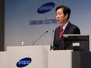 CEO da Samsung minimiza rumores sobre uso do WebOS em aparelhos fabricados pela empresa