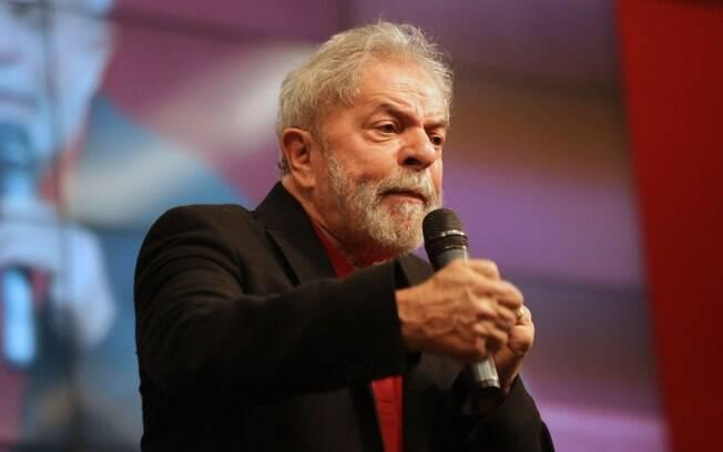 Para Eduardo Suplicy, Luiz Inácio Lula da Silva é candidato natural do PT em 2018