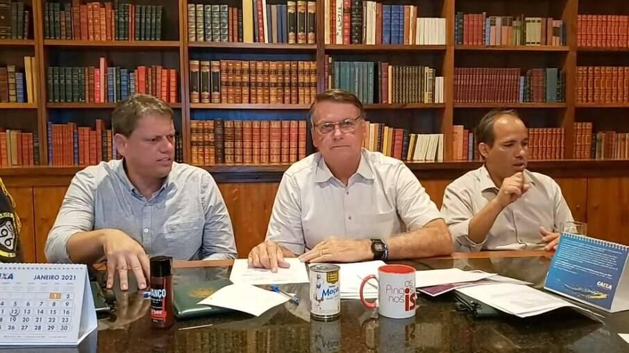 Presidente Jair Bolsonaro em transmissão ao vivo nessa quinta-feira (28)