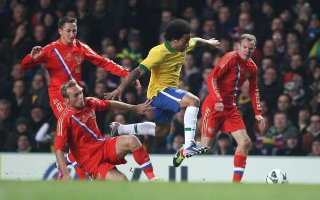 Após a reserva contra a Itália, Marcelo foi  titular no jogo desta segunda