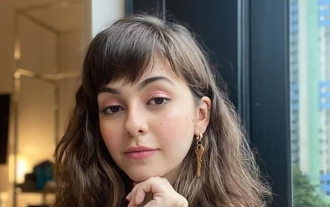 Klara Castanho conta que já namorou escondido da mídia