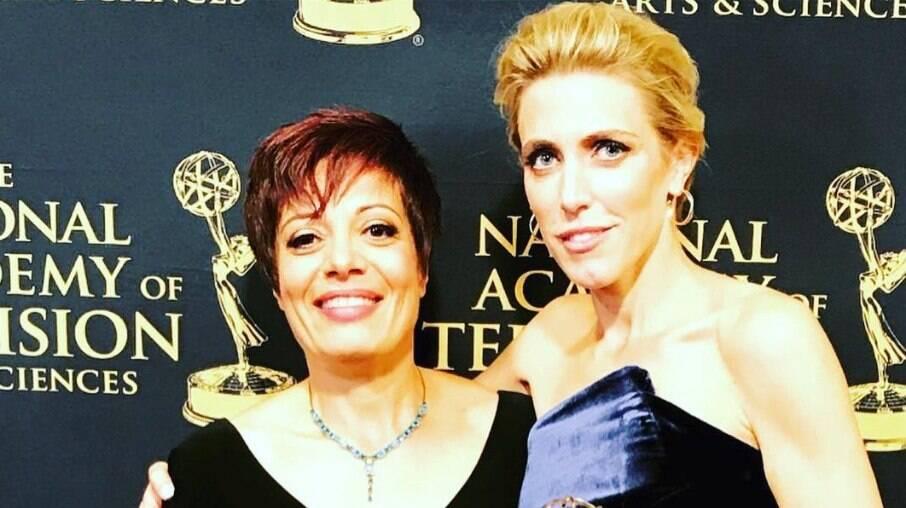 Clarissa Ward recebe Emmy Award por seu trabalho