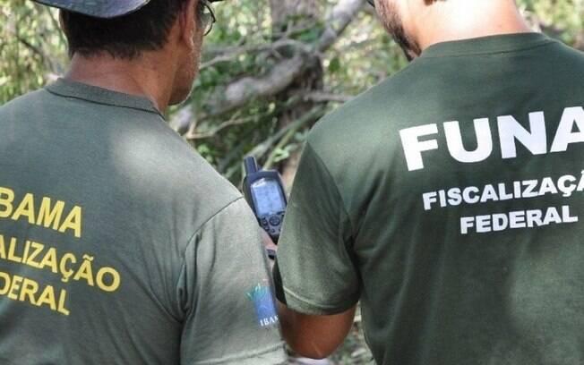Servidores da Funai durante ação durante fiscalização em terras indígenas. Fundação tem perdido orçamento