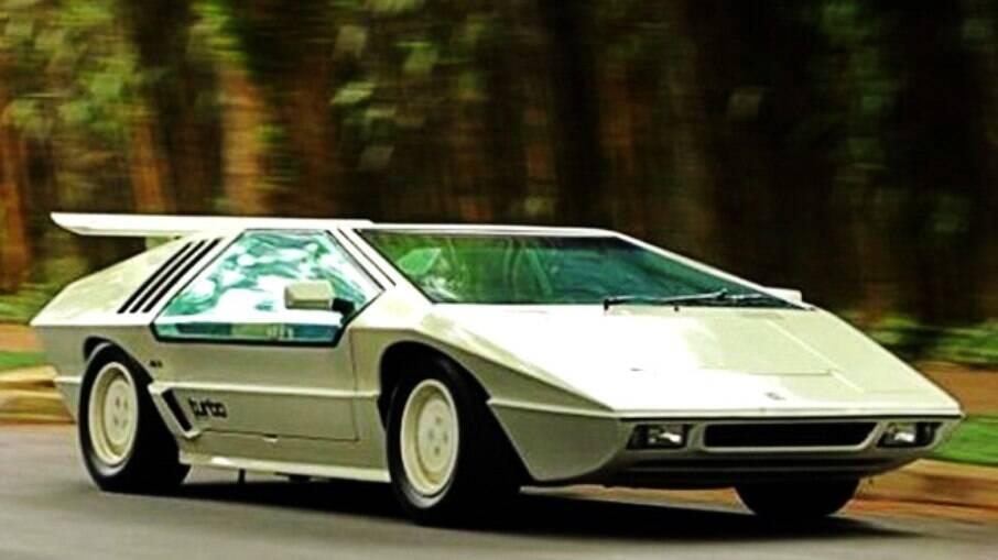 esportivo nacional Hofstetter tinha clara inspiração no Lamborghini Countach