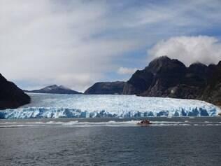 Vista  da geleira de San Rafael, declarada Reserva da Biosfera pela Unesco