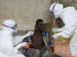 Epidemia de ebola matou 10,2 mil pessoas nos três países mais afetados pelo vírus – Serra Leoa, Guiné-Conacri e Libéria