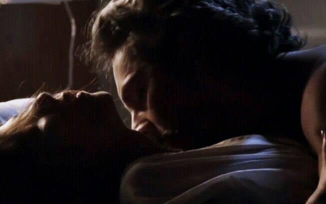 """Império – Após tomar tiro, Cora transa com José Alfredo em leito de hospital e realiza fantasia sexual: """"Chegou a hora"""""""