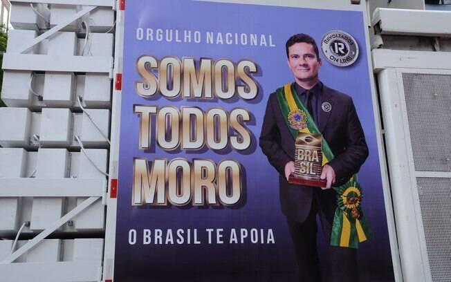 Paulistas pedem o fim da corrupção e apoiam o juiz federal Sérgio Moro, na Avenida Paulista. Foto: J. Duran Machfee/Futura Press - 13.03.16