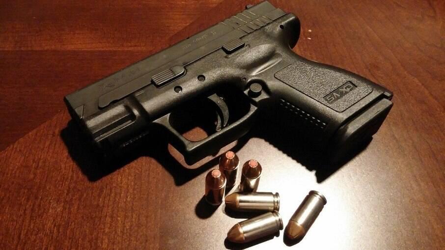 Governo reduziu impostos para importação de armas de fogo