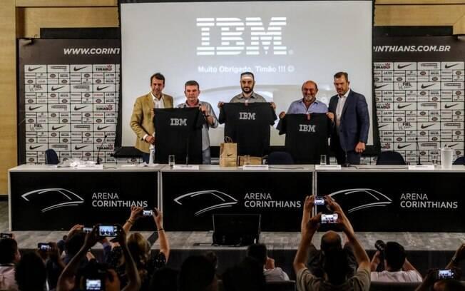 Corinthians apresentou parceria com a IBM nesta sexta-feira; entre as novidades, acesso à Arena por biometria