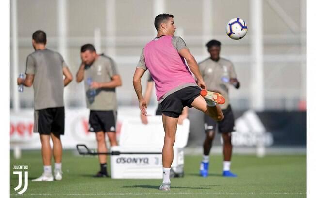 Cristiano Ronaldo durante treinamento pela Juventus