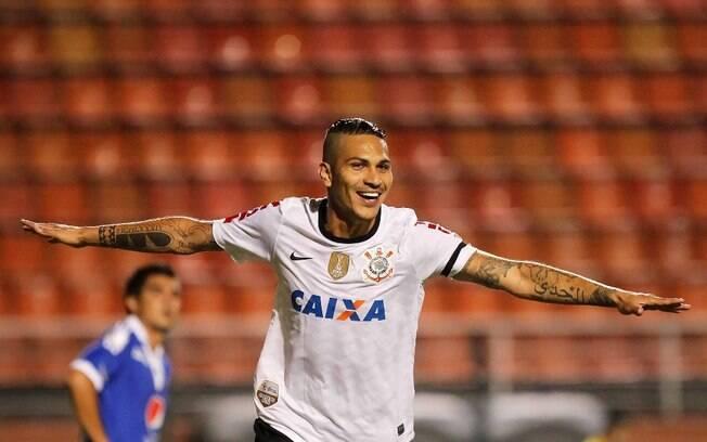 Guerrero comemora o primeiro gol do  Corinthians diante do Millonarios